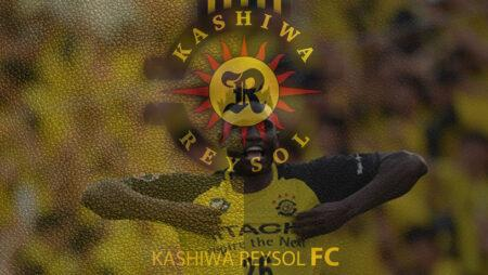 Michael Olunga secured Kashiwa Reysol's victory against Vegalta Sendai in style with a hat-trick
